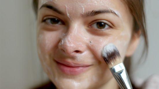 Tips Cara Mudah Mencerahkan Kulit Wajah Secara Alami