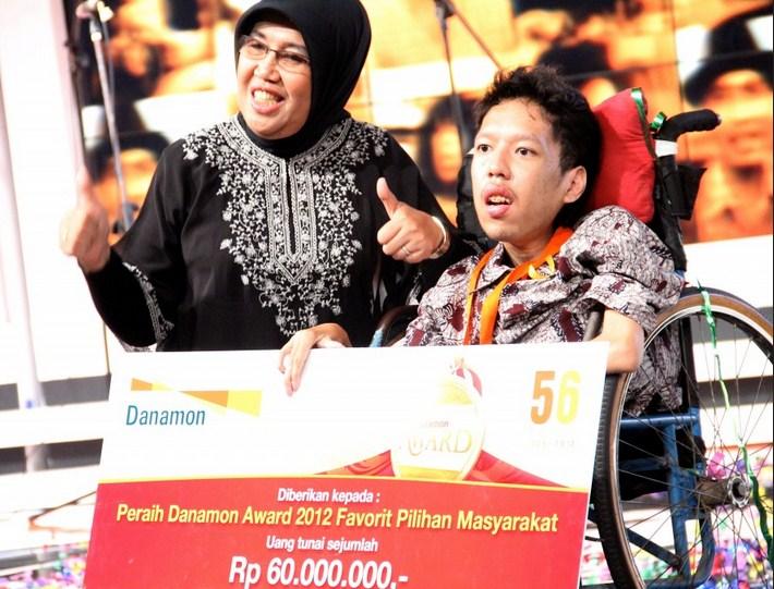 Belajar Bisnis Online Dari Habibie Afsyah – Guru Internet Marketing Indonesia